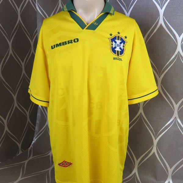 77b8d8453 Brazil 1993-94 home shirt Umbro soccer jersey size XL (World Cup 94 ...