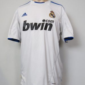 39aa7cb94b9 Real Madrid 2010-11 home shirt adidas soccer jersey size L