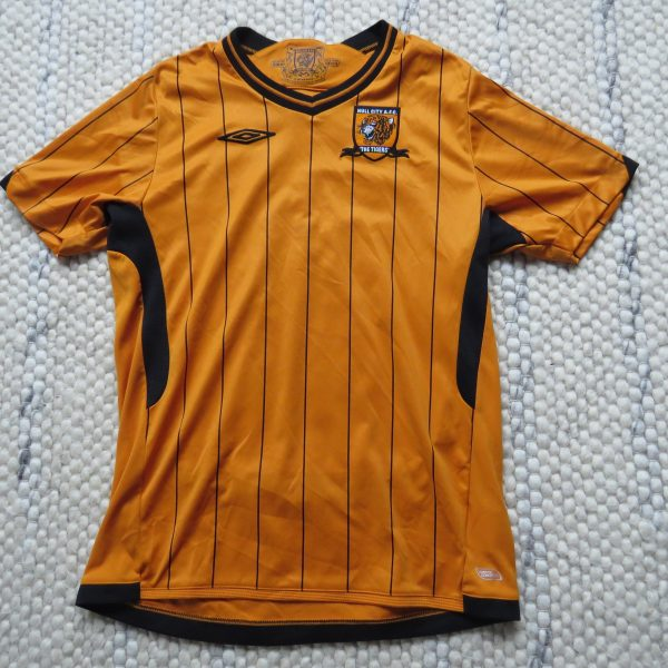 Hull City 2009-10 home shirt Umbro soccer jersey size Boys L 152cm 12Y ( a06068ea4