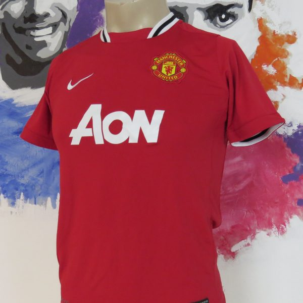 7c159b22284 Manchester United 2011-12 home shirt Nike jersey Boys L 152-158 1213Y (